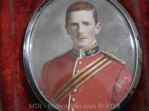 P50050 600x450 Miniature of British Officer's Kings Shropshire Light Infantry