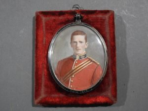 DSCN1886 300x225 Miniature of British Officer's Kings Shropshire Light Infantry