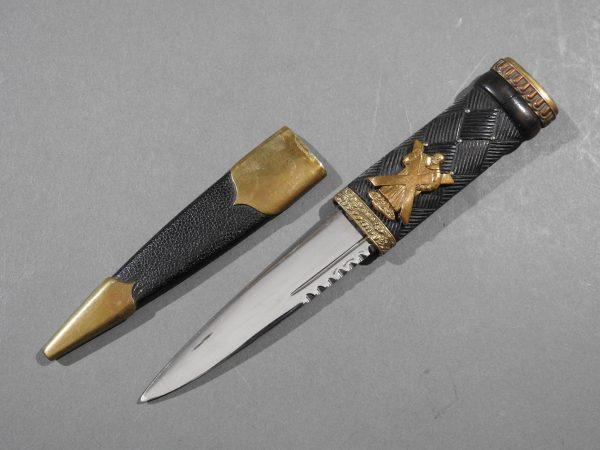 DSCN2427 600x450 Scottish Black Watch Sgian Dubh