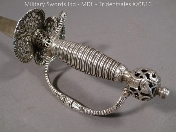 P1060233 600x450 Silver Hilted English 18th Century Sword