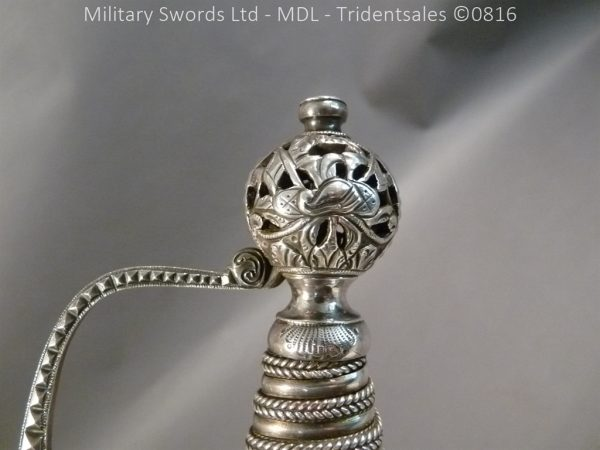 P1060248 1 600x450 Silver Hilted English 18th Century Sword
