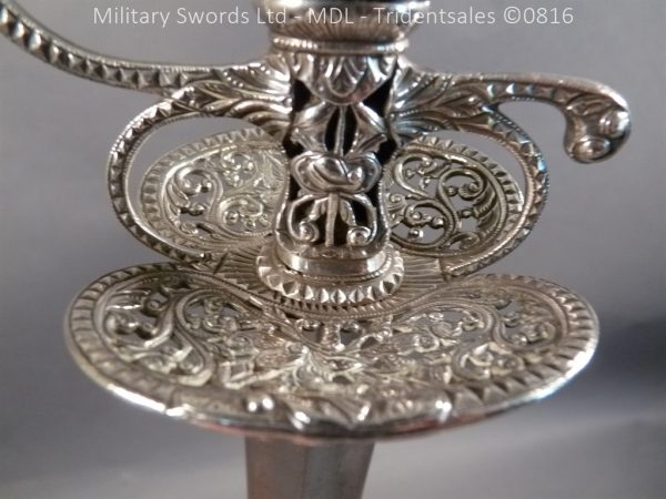 P1060254 1 600x450 Silver Hilted English 18th Century Sword