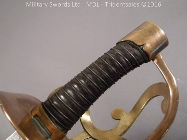P1080257 600x450 French Revolutionary Period ANIV Dragoon Sabre