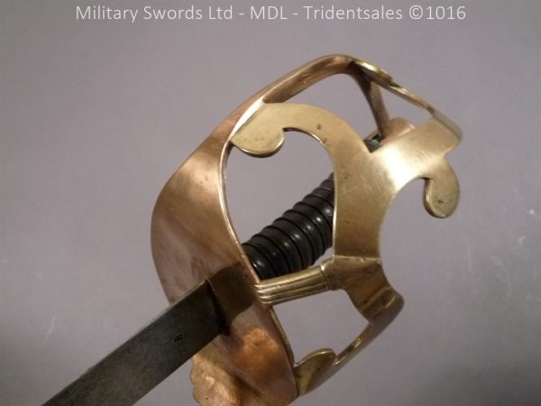 P1080263 600x450 French Revolutionary Period ANIV Dragoon Sabre