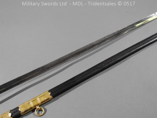 P12781 600x450 British ER 2 Officer's Naval Sword