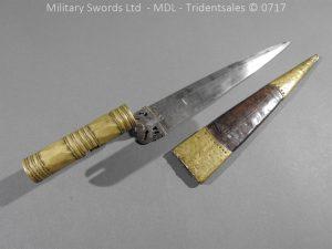 P14355 300x225 Italian Hunting Bayonet c 1700