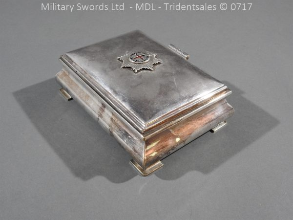 P14988 600x450 Coldstream Guards Officers Tobacco Box
