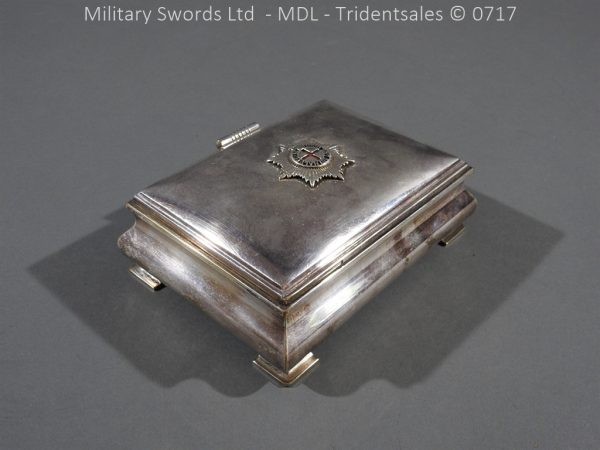 P14989 600x450 Coldstream Guards Officers Tobacco Box