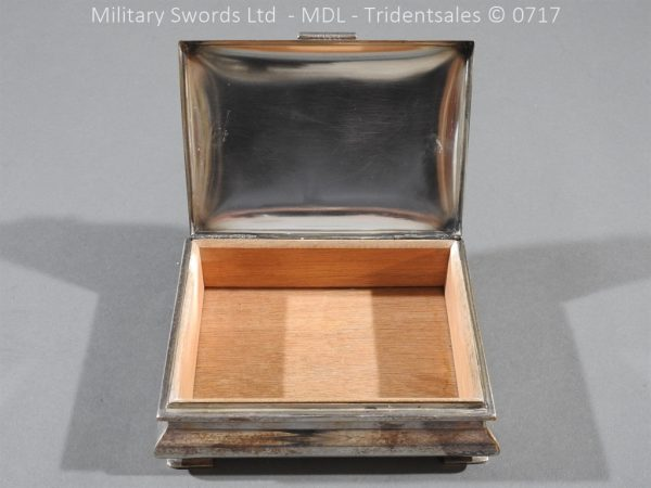 P14990 600x450 Coldstream Guards Officers Tobacco Box