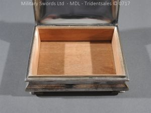 P14991 300x225 Coldstream Guards Officers Tobacco Box