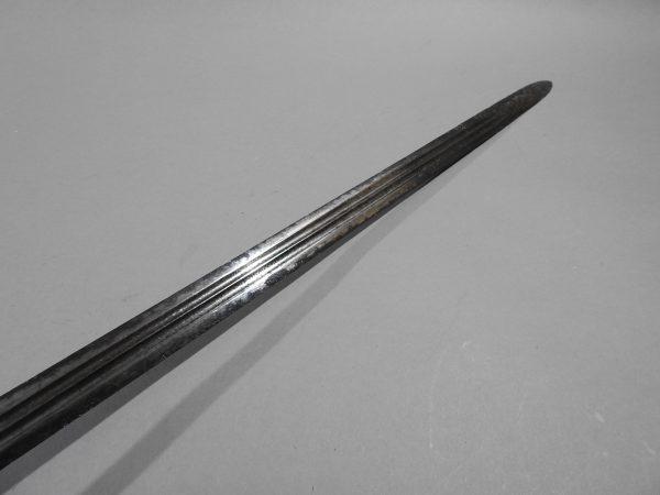 DSCN2460 600x450 Scottish Basket Hilted Broad Sword ANDRIA FARARA c 1760