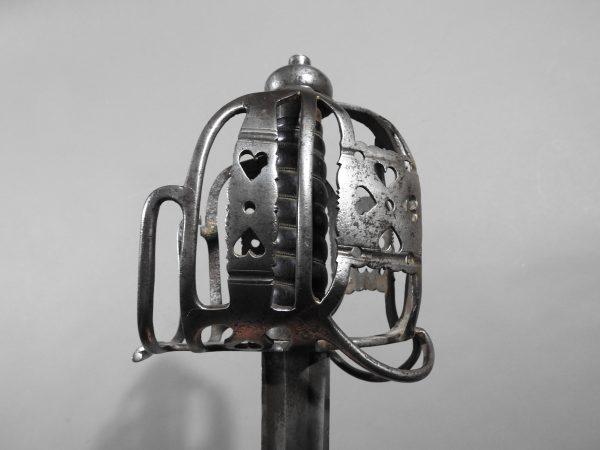 DSCN2464 600x450 Scottish Basket Hilted Broad Sword ANDRIA FARARA c 1760