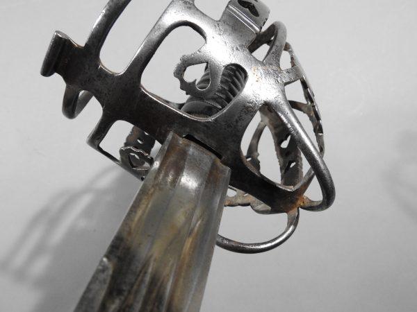 DSCN2469 600x450 Scottish Basket Hilted Broad Sword ANDRIA FARARA c 1760