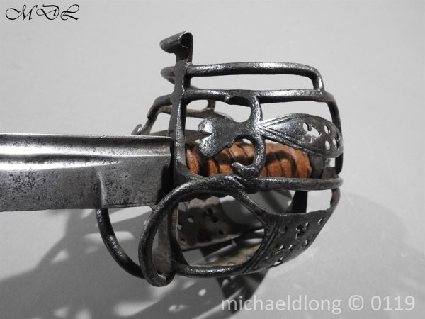 P60672 600x450 Scottish Basket Hilted Sword ANDRIA FARARA c 1720