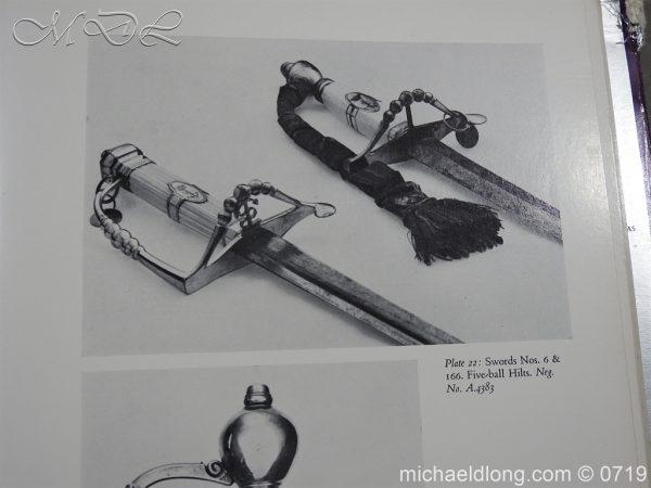 michaeldlong.com 3049 600x450 British 5 Ball Naval Officer's Sword