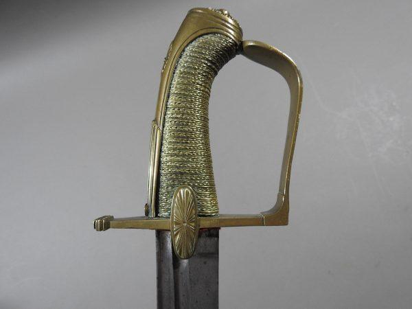 DSCN2981 600x450 French Cavalry Officer's Sword c 1790