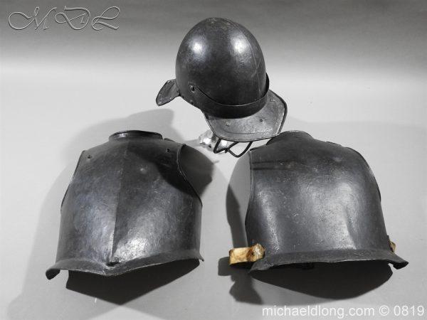 michaeldlong.com 3261 600x450 English Civil War Harquebusier Armour