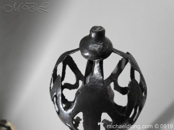michaeldlong.com 3717 600x450 English Ribbon Hilt Broadsword C 1600