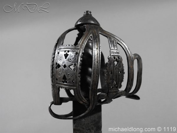 michaeldlong.com 4873 600x450 Scottish Basket Hilted Broad Sword c 1680