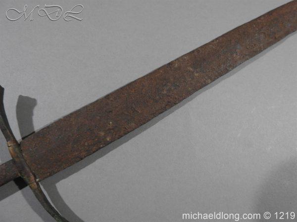 michaeldlong.com 5542 600x450 Left Hand Dagger 15th century