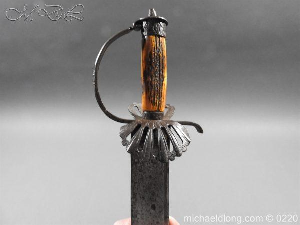 michaeldlong.com 6736 600x450 English Military Hanger Horn Clemens Solingen 1586 1617
