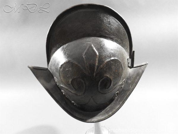 michaeldlong.com 11770 600x450 German Comb Morion 17th century