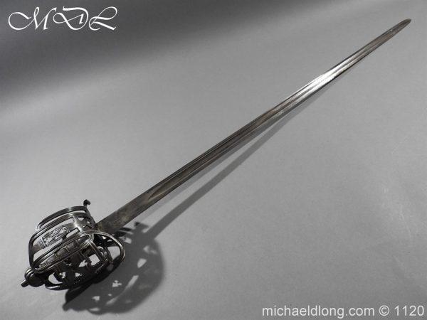 michaeldlong.com 14029 600x450 English Horseman Sword by Harvey