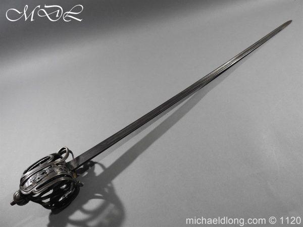 michaeldlong.com 14033 600x450 English Horseman Sword by Harvey