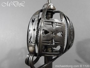 michaeldlong.com 14044 300x225 English Horseman Sword by Harvey