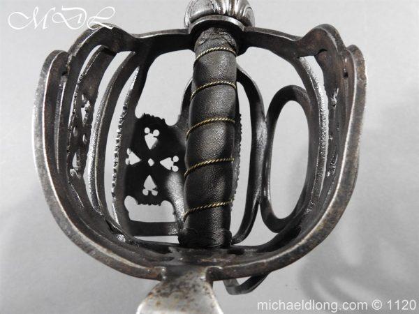 michaeldlong.com 14049 600x450 English Horseman Sword by Harvey