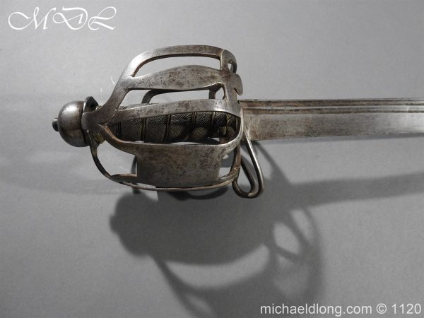 michaeldlong.com 14501 600x450 English Military 18th c Dragoon Sword