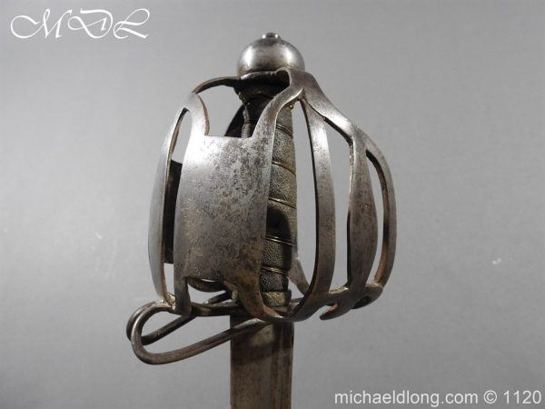 michaeldlong.com 14520 600x450 English Military 18th c Dragoon Sword