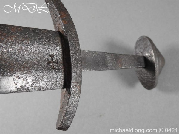 michaeldlong.com 17773 600x450 Viking Iron Sword – Type L
