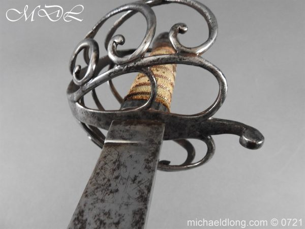 michaeldlong.com 20950 600x450 1788 British Heavy Cavalry Officer's Sword by Woolley