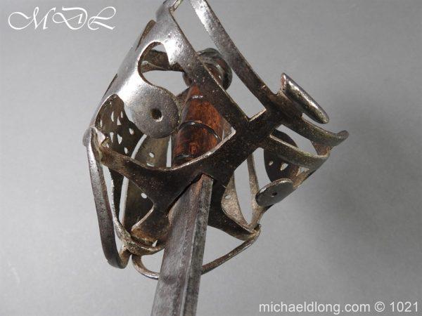 michaeldlong.com 22318 600x450 Royal Highland 42nd Infantry Sword c 1760