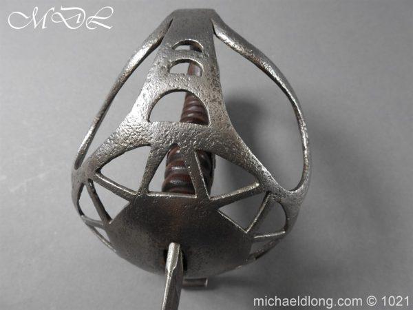 michaeldlong.com 22394 600x450 Royal Horse Guards Trooper Sword